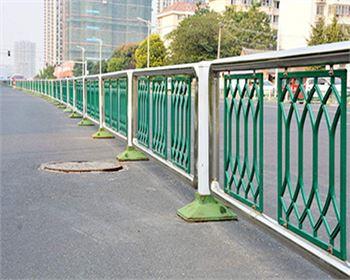 城市道路护栏的作用有以下四个点,大家知道吗?